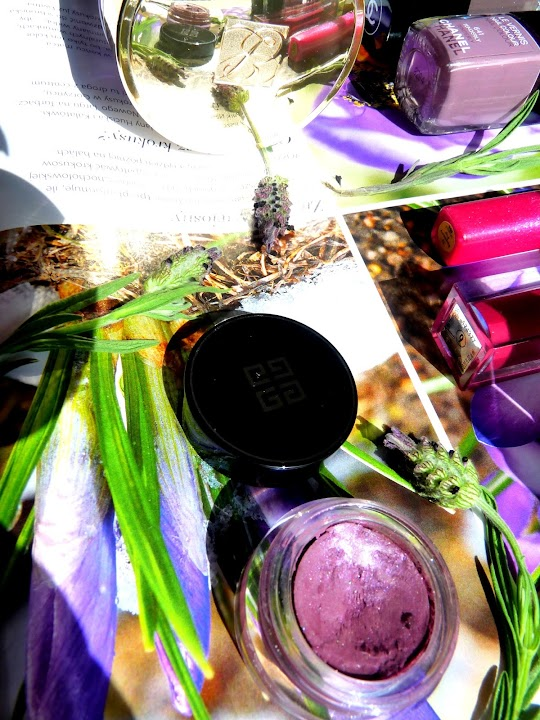 Kolor Dnia: Fiolet