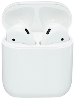 Apple AirPods - 10 things to steal for yourself or to give to others this Christmas. 2017 Christmas gift guide. Amazon wish list Christmas 2017. How to make an Amazon wish list. 10 gift ideas for college age students. Last minute gift ideas | brazenandbrunette.com