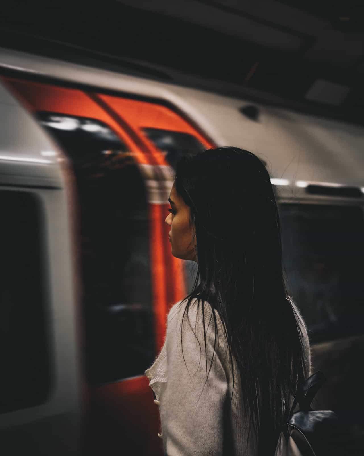 #864 Encuentro en el metro | luisbermejo.com | podcast