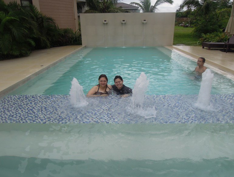 Swimming pool of garden view villa in Misibis Bay