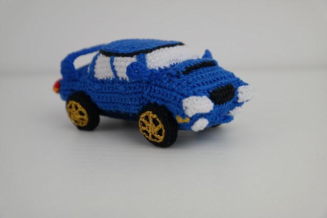 Szydełkowe Subaru