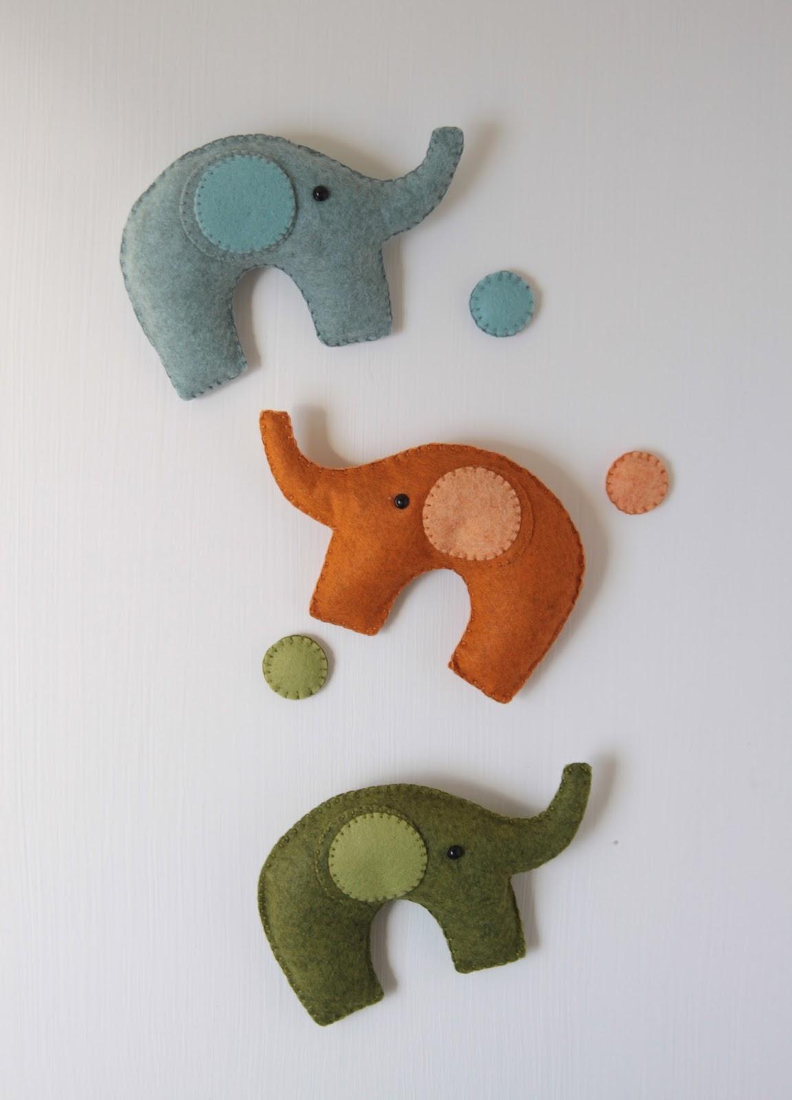 Elephant Garland DIY // Benzie