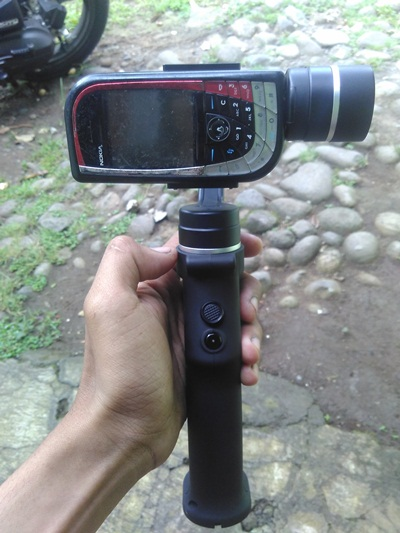 review-gimbal-stabilizer-hp-smartphone-termurah