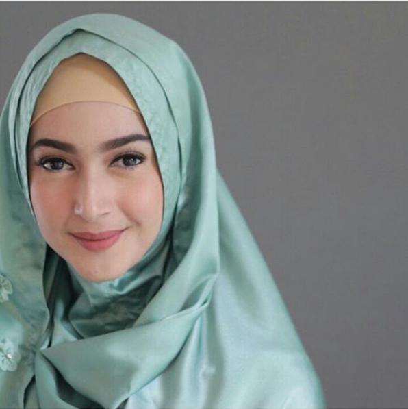 Artis Indonesia Cantik Keturunan Arab Dan Timur Tengah Ini Bisa Bikin Ente Mimisan Kaskus