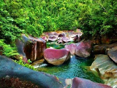 keindahan alam semula jadi