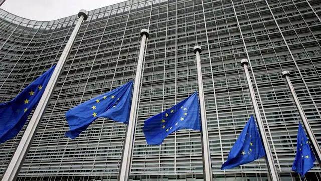 UE pide no socavar más la democracia con el adelanto de legislativas