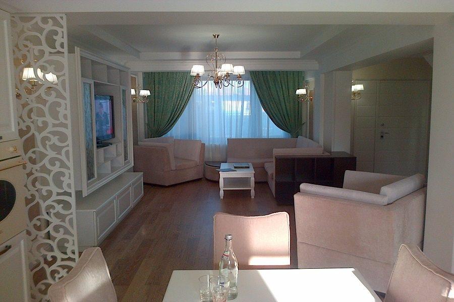 Mobila living dormitor clasica - Mobila bucatarie la comanda in Constanta