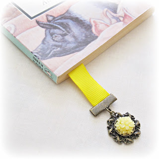 image diy tutorial vintage inspired ribbon bookmark flower cabochon yellow book thong