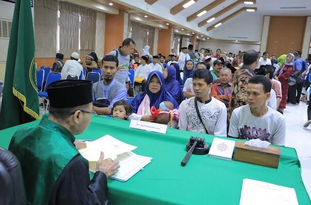 Pemkot Tangerang Nikahkan Ulang 660 Pasang Warga
