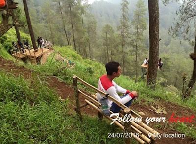 Tempat Nongkrong di Puncak Curug Lawe Petungkriyono