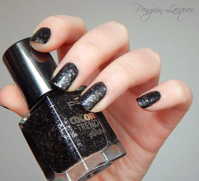 p2 color trend polish 070 black glitter