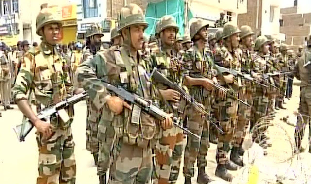 Army officials enter Dera Sacha Sauda headquarters in Sirsa