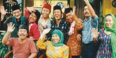 salah satu sinetron tahun 90-an yang banyak memberi inspirasi buat saya. keputusan untuk berani melanjutkan sekolah sampai ke pulau Jawa di inspirasi dari sinetron ini.