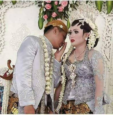 Apa Manfaat Suami Menyusu Payudara Istri