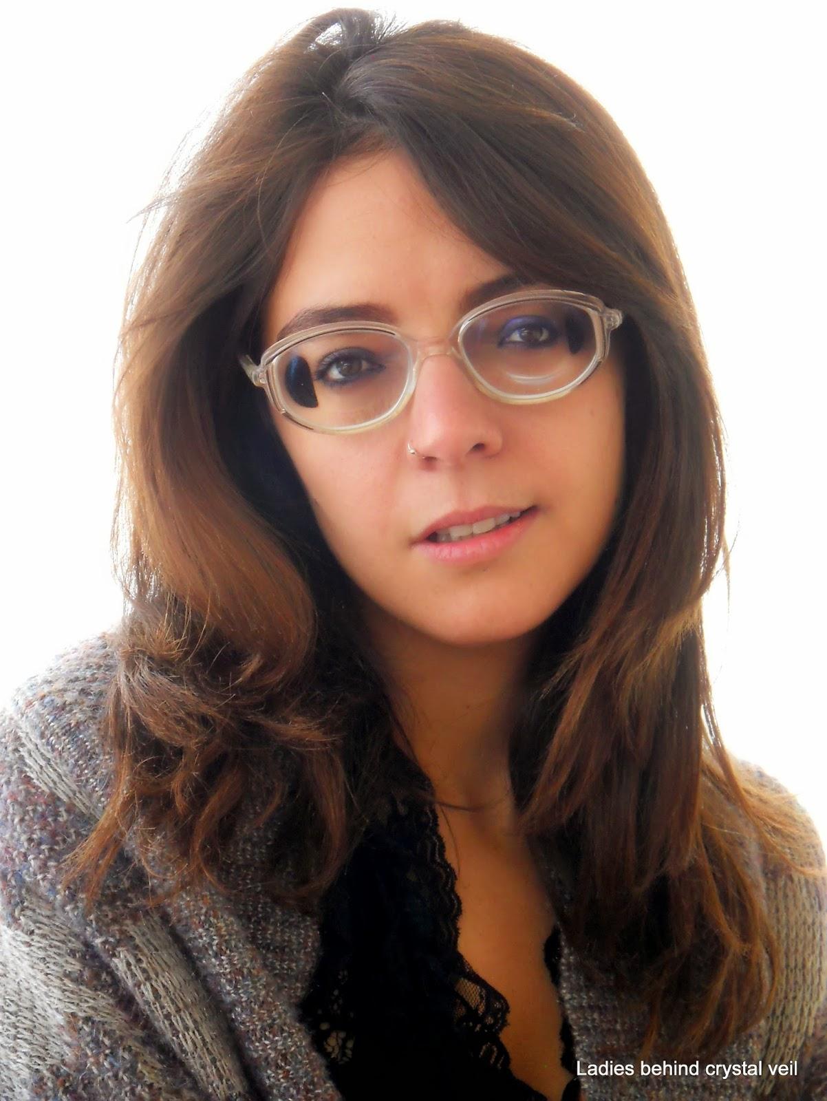 Women With Thick Glasses Les Baux De Provence