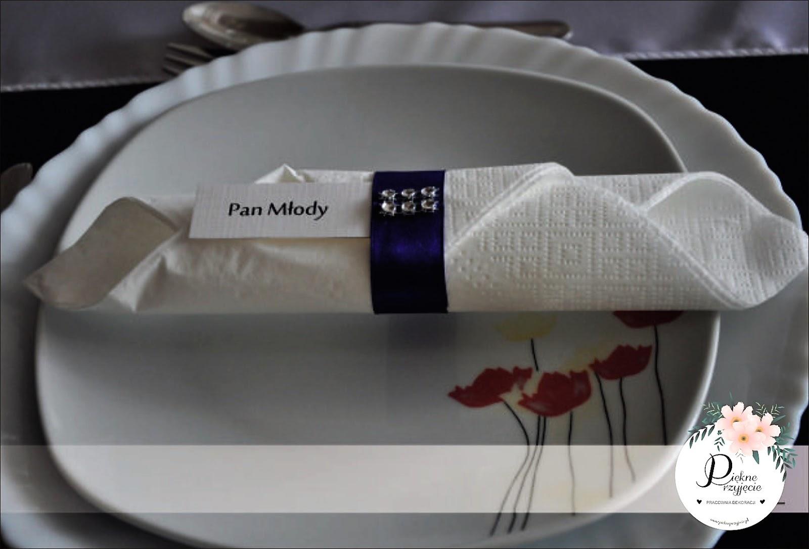 Winietki na stół, razem z serwetką.