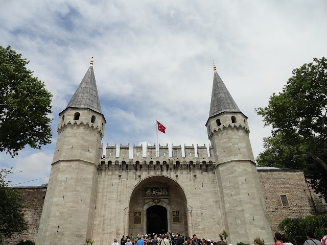 Topkapi Palace - Salika Travel - Paket UEA & Turkey Apr 2018