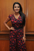 Jyothi Seth New sizzling photo shoot-thumbnail-5