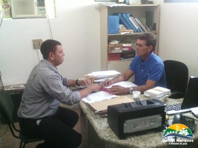 Vereador Daniel Marques, estreando projeto de visitas, visita órgãos municipais de Delmiro Gouveia