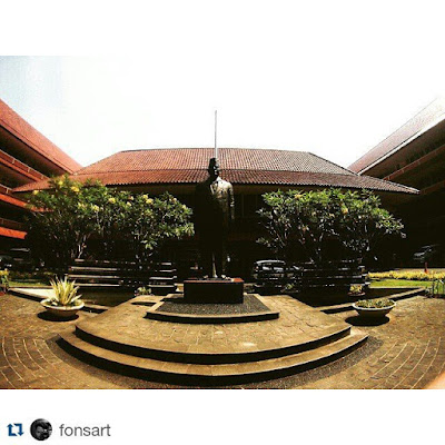 Universitas Negeri