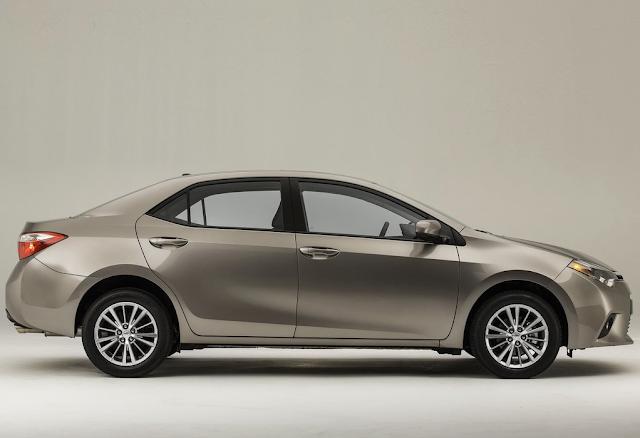 2014 Toyota Corolla beige