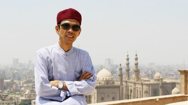 Surat Terbuka Untuk Ustad Abdul Shomad Terkait Sogok Syariah yang Dihalalkan