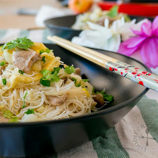 One-Pot Fried White Bee Hoon (Satu Panci Bihun Goreng Putih)