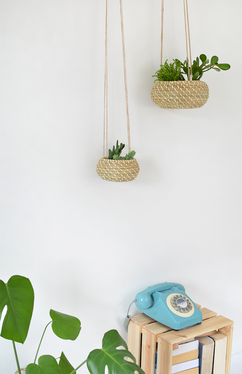 how to make a natural hanging planter