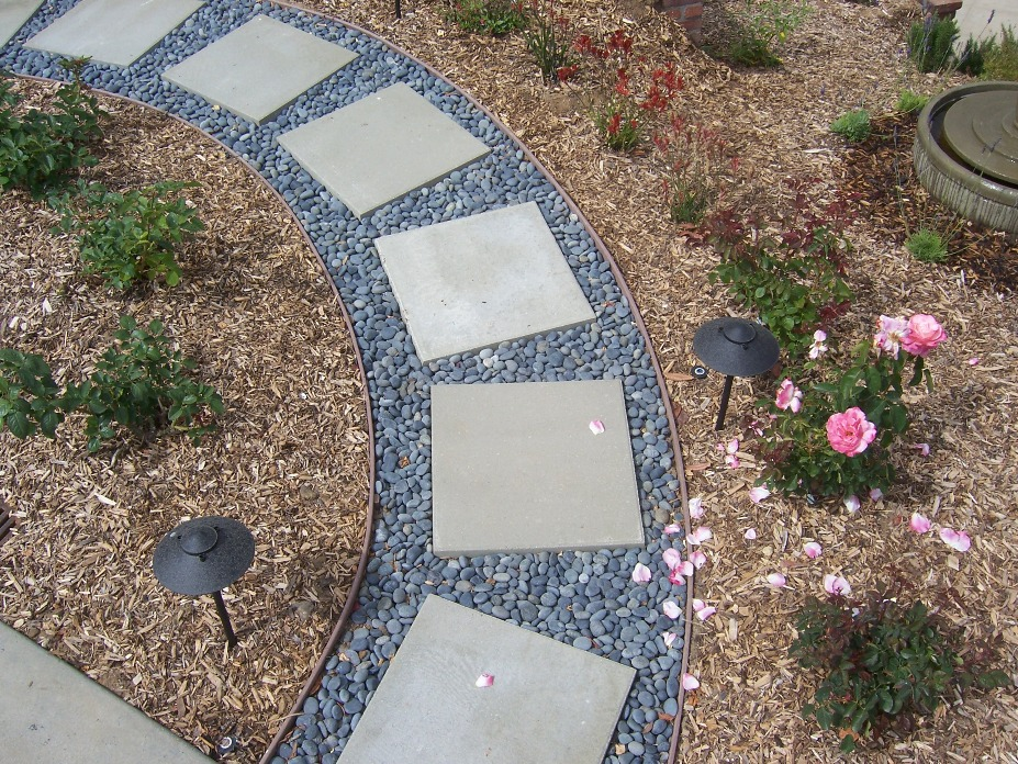 how to cut concrete stepping stones