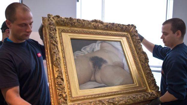 Картину Курбе вперше показали у 1995 році в музеї Орсе