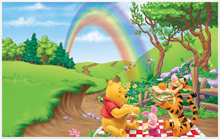 Winnie The Pooh: Free Printable Frames, Backgrounds or Invitations.