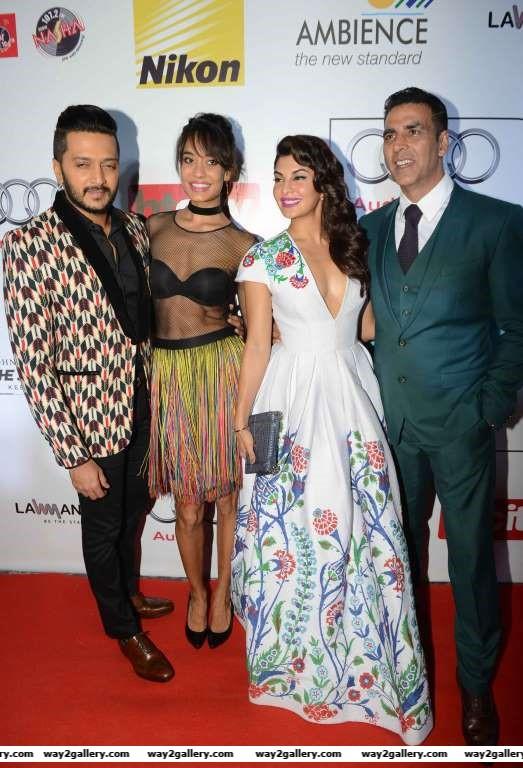 Housefull  stars Riteish Deshmukh Lisa Haydon Jacqueline Fernandez and Akshay Kumar put their best fashion foot forward at HT Most Stylish Awards
