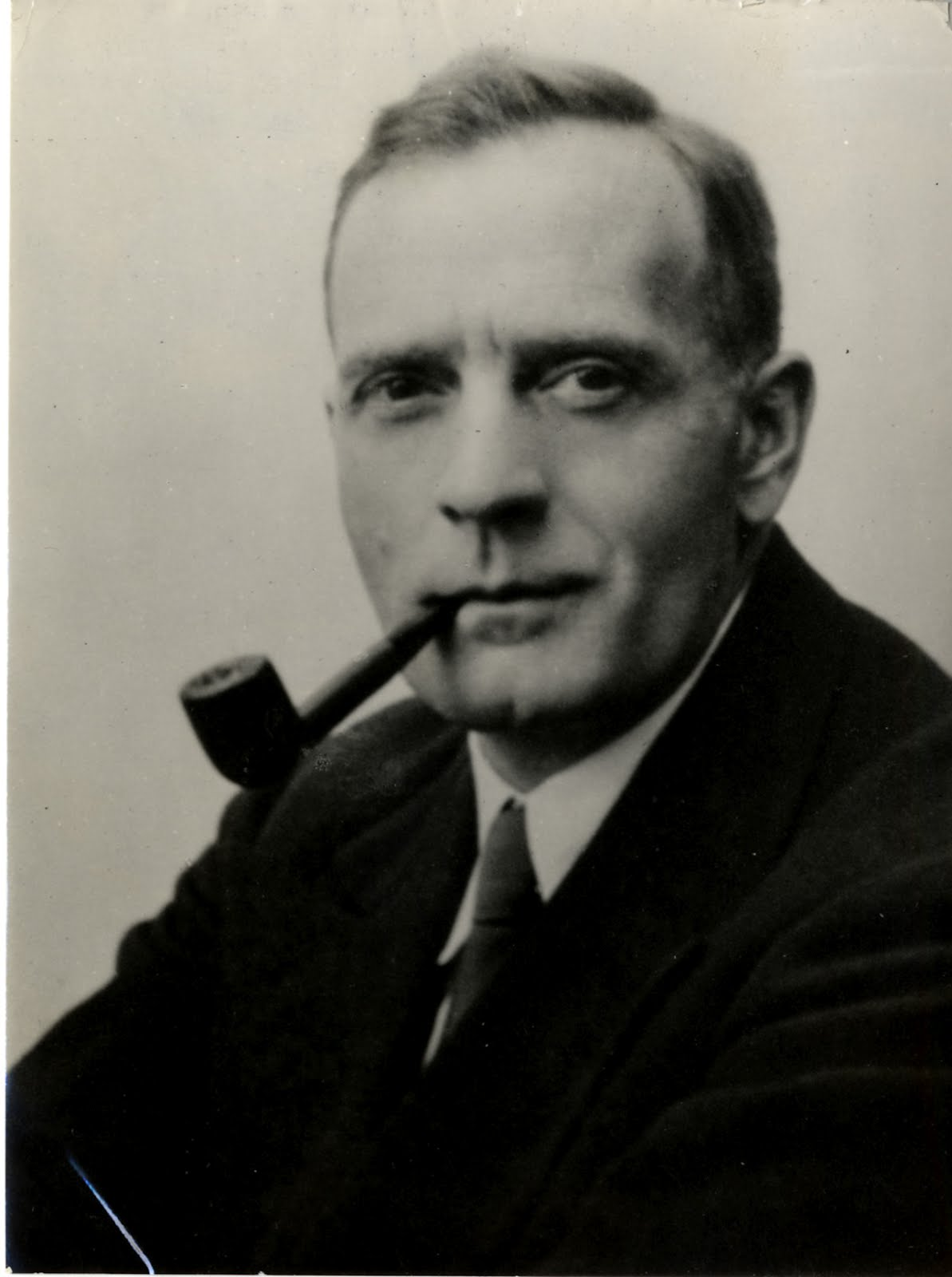 Because of Edwin Hubble - Pics about space