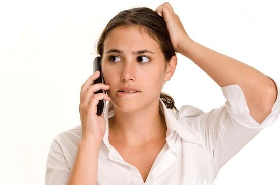 customer service bingung tidak punya pengetahuan produk/jasa