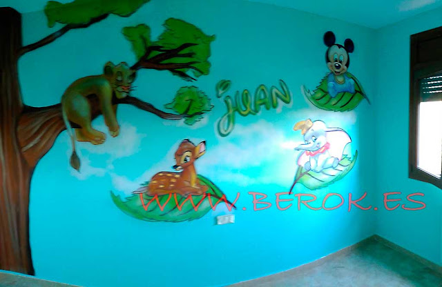 murales de árboles infantiles