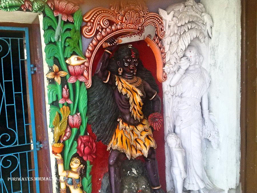 12th century AD. puriwaves, Bathing ghats, markanda puskrini, Markandeswar chowk, Markandeswar street, Markandeswar tank, Markandeswar temple, nirmalya, orissa, puri, Puri-Brahmagiri road, temple, Sapta Matruka Temples in Puri, Sapta Matrika pitha of Puri, Markandeswar Sahi, Nitei Dhobani, Pitei Sauruni, Sapta Matruka images near Markandeswar tank Puri, Markandeswar tank Puri