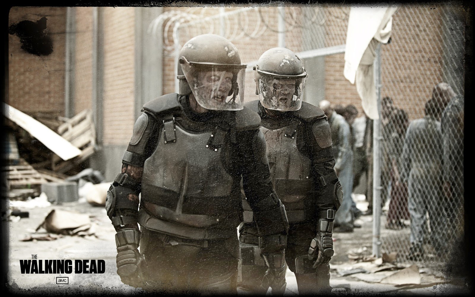 The Walking Dead Blog: The Walking Dead Riot Gear Zombies ...