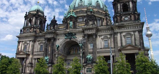 Создание и продвижение сайтов в Германии г. Берлин. Раскрутка сайтов Германия: Как раскрутить сайт в Германии?