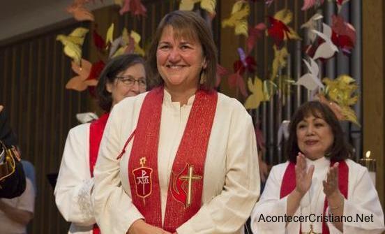 Ordenación de mujer lesbiana como obispo metodista