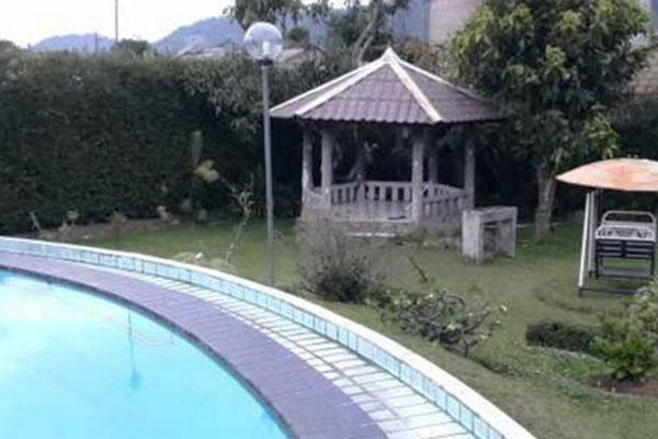 Jual Villa Kawasan Wisata Curug Cilember