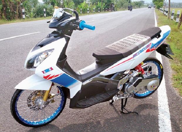 16 Modifikasi Motor Yamaha Nouvo 2017  Info Lengkap