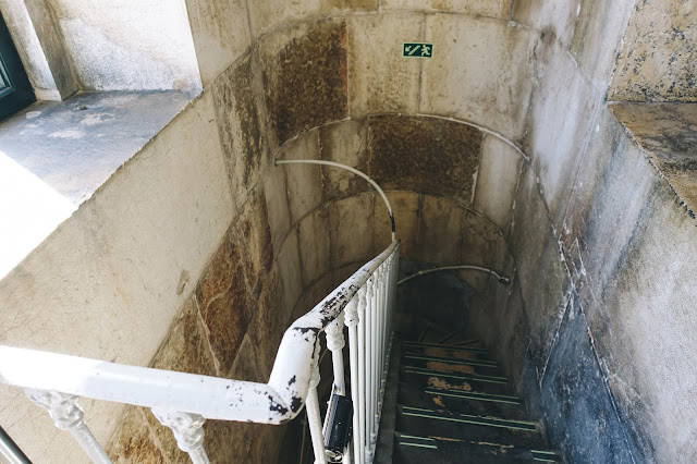 勝利のアーチ(Arco da Rua Augusta)