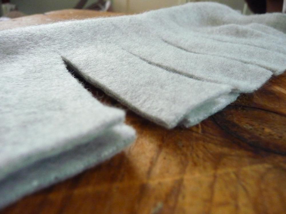 The ArtisTree : No Sew Fleece Scarf