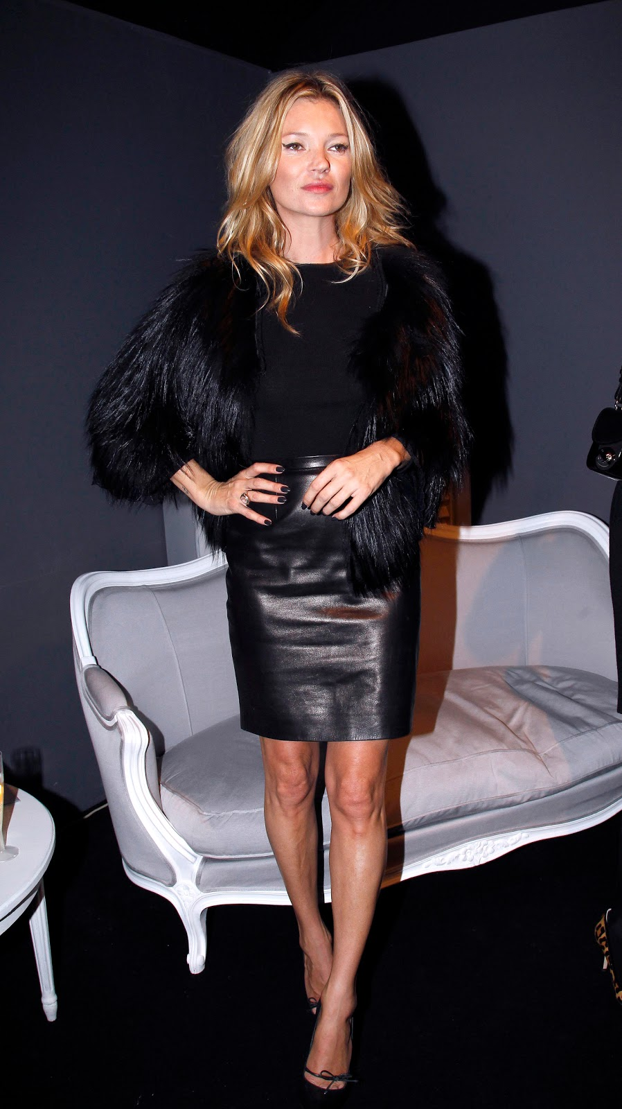 Lovely Ladies in Leather: Kate Moss wearing a leather skirt