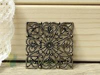 http://zielonekoty.pl/pl/p/ornament-kwadrat-metal-4%2C2cm/1217