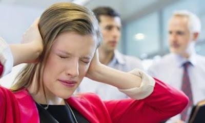 5 Hal yang Membuat Anda Dibenci Rekan Kerja