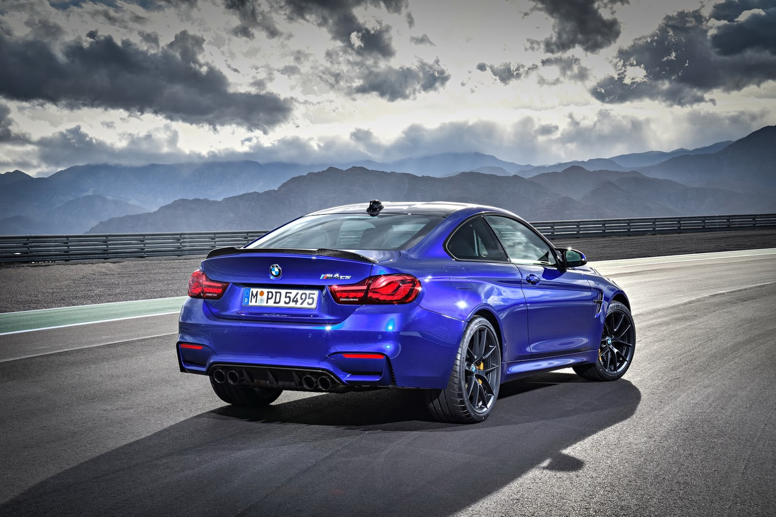 454hp bmw m4 cs slots below the mighty gts carscoops. Black Bedroom Furniture Sets. Home Design Ideas