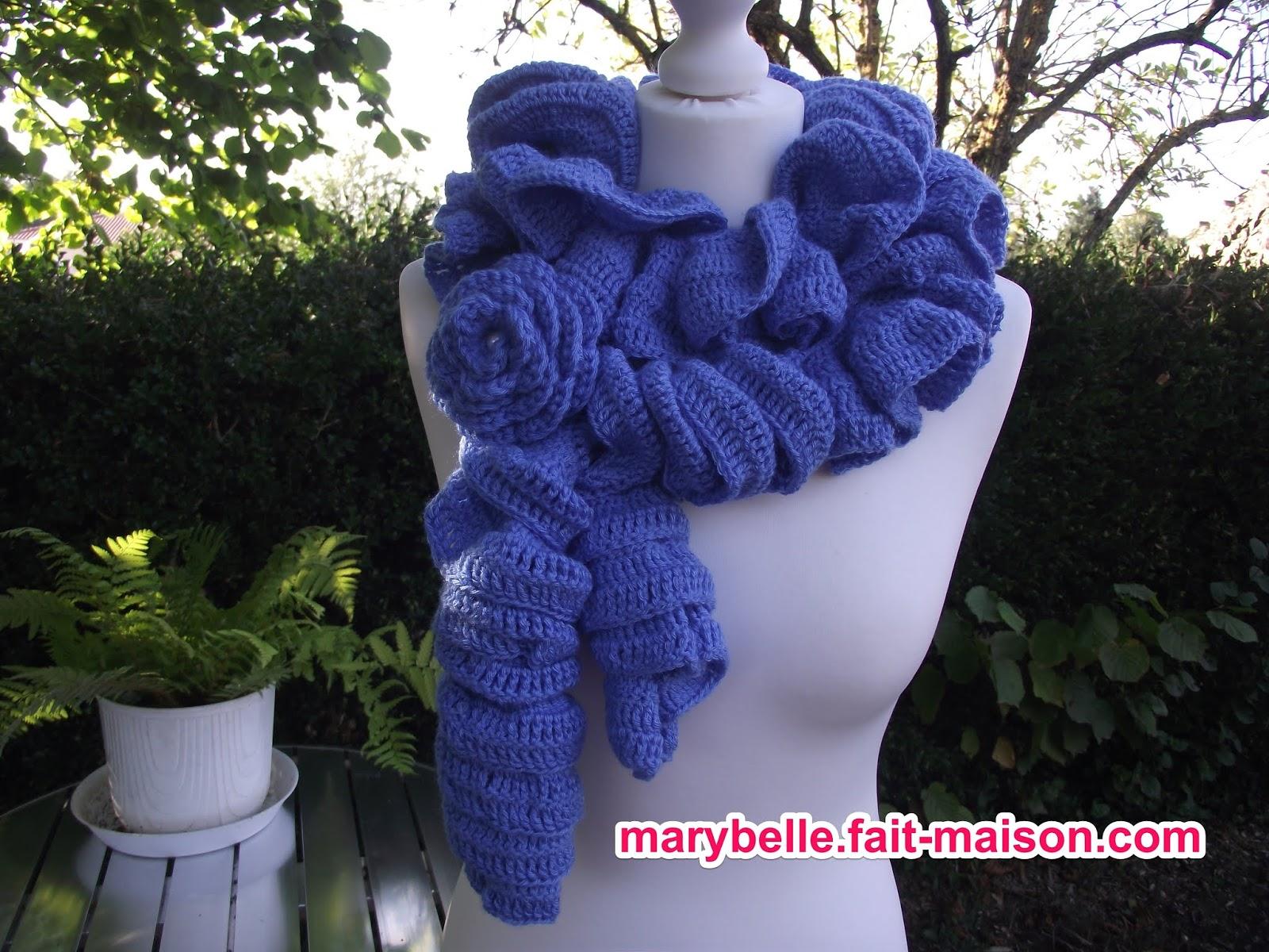 1f04dbeaa5a5 Crochet et tricot facile avec explications  Echarpe froufrou au crochet
