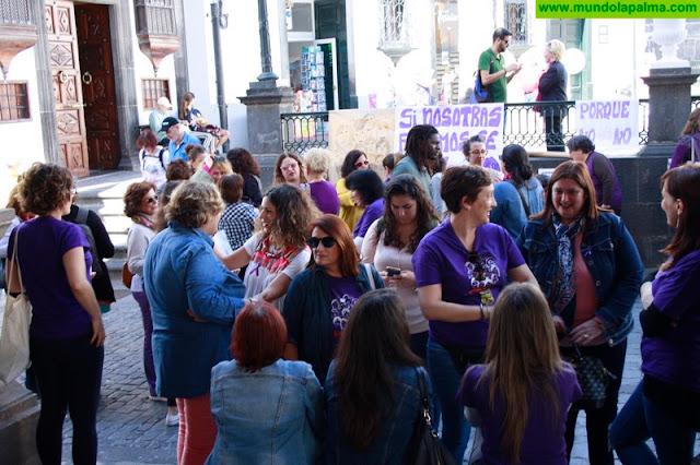 Las reivindicaciones con motivo del Día de la Mujer protagonizan la jornada en Santa Cruz de La Palma
