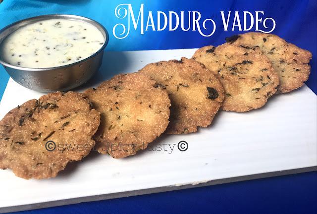 maddur vade, maddur vada, maddhur vada , maddur wada, maddur wade, karnataka special vade, how to make maddur vada without onions, No onion Maddur vade, maddur vade without onion, step by step recipe to make jain maddur vade, jain maddur vade